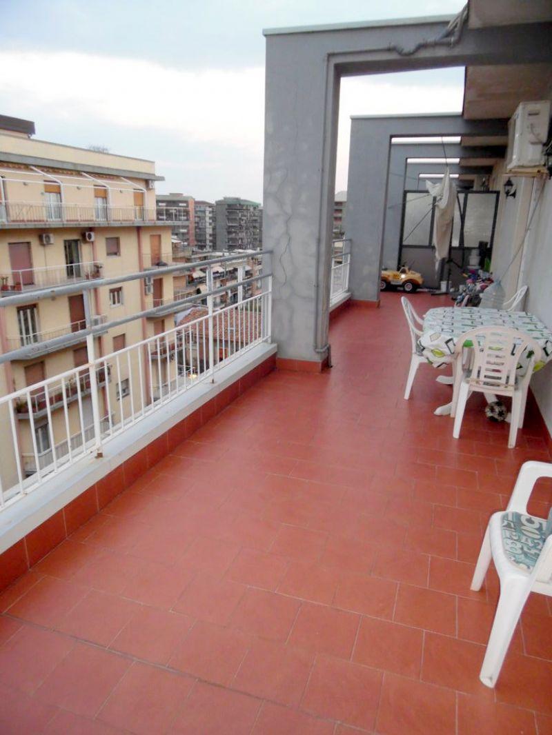3,5 vani terrazza e garage v. Timoleone v. Messina