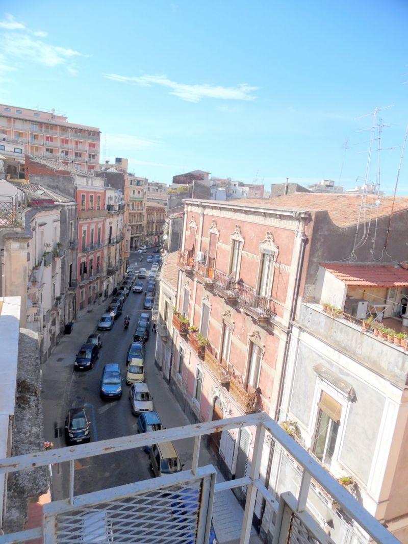 4,5 vani via R. Imbriani/Largo Rosolino Pilo